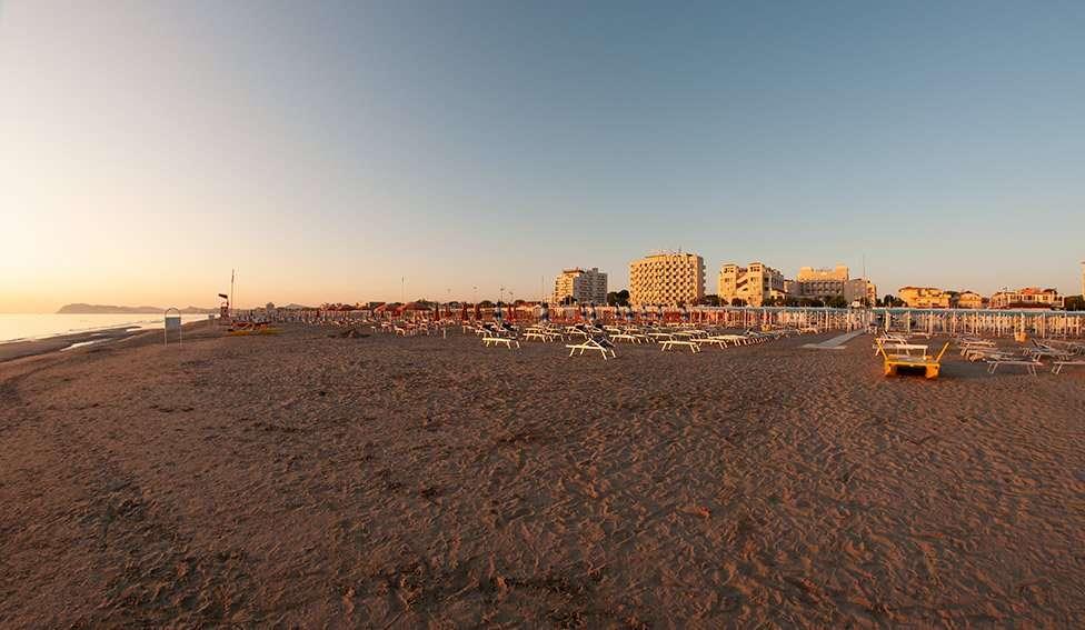 Spiaggia 54 Riccione -Panoramica