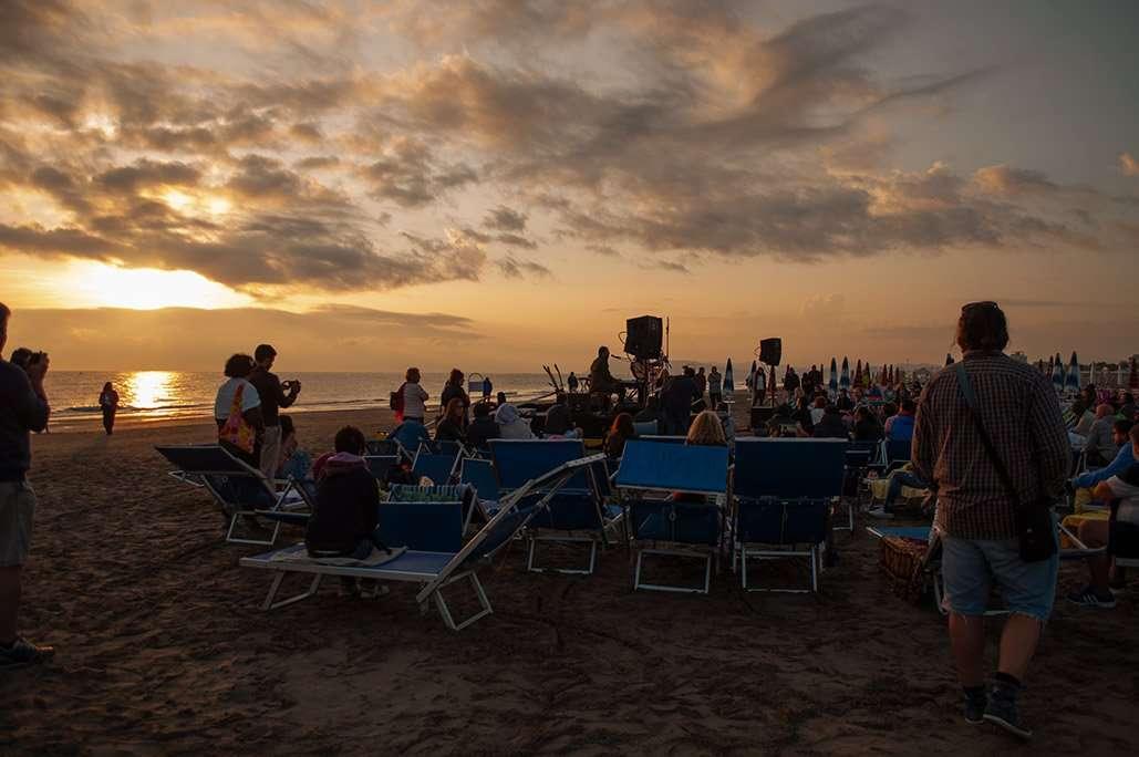 Spiaggia 54 Riccione - Il sorgere del sole.