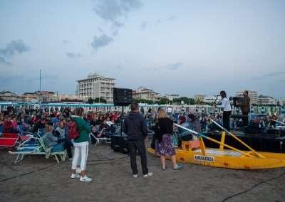 Spiaggia 54 Riccione - Il pubblico del concerto