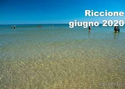 mare di riccione spiaggia