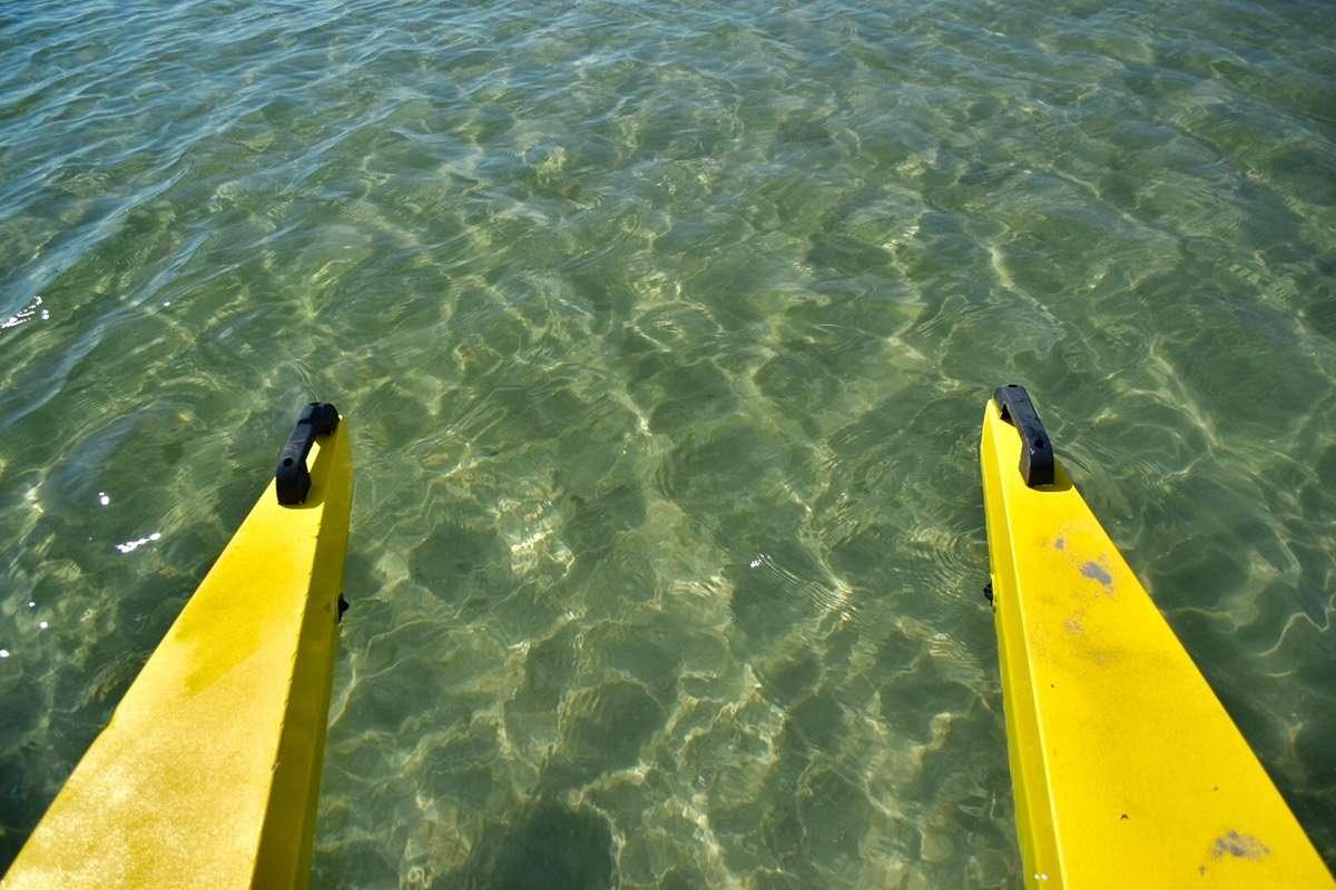 acqua limpida nel mare di riccione
